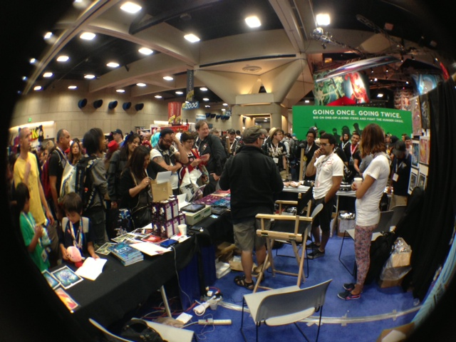 My cyclopic view of the SLG booth at the start of a signing.